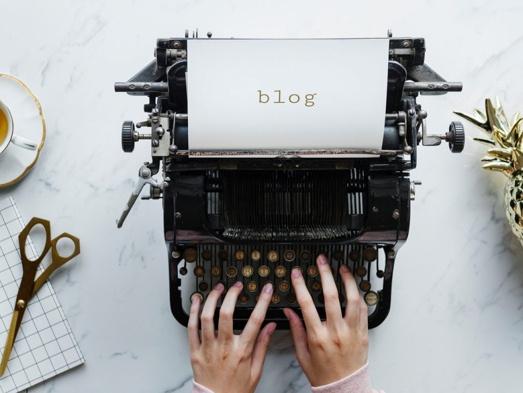 All in One Bloggers WordPress Themes